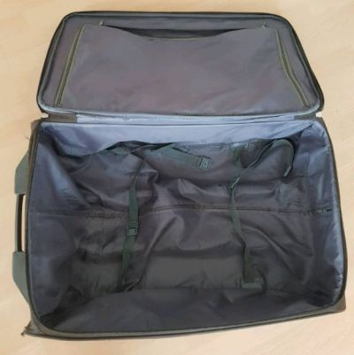 Koffer fächer innen